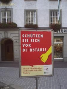 Ausschaffungsinitiative: Laut Tamedia-Phantasierer Daniel Binswanger schon wegen einem einfachen Diebstahl? (Foto: Polizeibericht.ch)