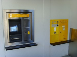 Massive Postarif-Erhöhungen: Die Preiserhöungen bei der Post werden auf dem Rücken der Kunden ausgetragen, so Konsumentenschutzorganisationen (Foto: Schlagwort AG)