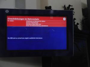 """Einschränkungen im Bahnverkehr (Foto: Polizeibericht.ch): Bei der Benutzung von Toiletten in """"intercity""""-Zügen der SBB sind die """"Einschränkungen"""" alltäglich"""