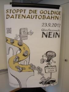 Gewerbeverband Zürich, Junge FDP, SVP, viele mittelständische KMU-Internetunternehmen sowie selbst große Mitspieler wie die UPC Cablecom sind gegen den unnötigen Staatseingriff und wehren sich gegen 1.200.000.000 Schweizer Franken Steuergeld im Einsatz für staatliche Planwirtschaft und im Einsatz gegen günstige Internetanbieter wie Routerless