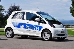 Auch die Kantonspolizei Basel setzt bereits auf Elektroautos, berichtete Polizei24.ch (Foto: Kapo BS)