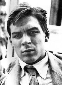 Che Guevara in Argentinien 1951: Wieso heften sich Linke denn nicht dieses Bild mal an oder tragen es auf Unterhosen, lassen es sich eintätowieren? Das Märchen vom aus armen Hause stammenden Revoluzzer ist natürlich viel schöner als die Realität, oder?
