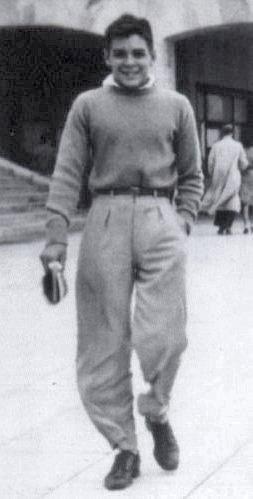 Che Guevara gehörte der weißen Oberschicht Argentiniens an (hier ein Foto als Jugendlicher zk. um 1943)