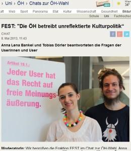 """Anna Lena Bankel posiert vor einem Plakat für freie Meinungsäußerung. Offenbar sieht sie diese Freiheit nur für ihre eigene Meinung als richtig, nicht für Andersdenkende (Bildschirmfotoausriß: """"Der Standard"""")"""